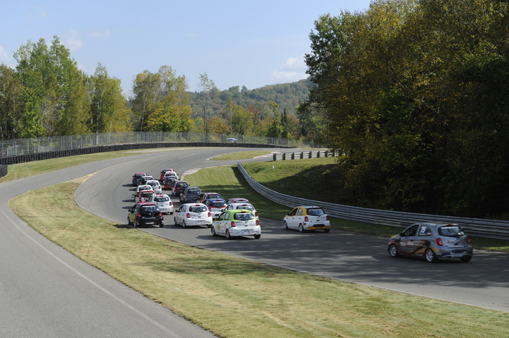 Coupe Nissan Sentra Cup in Photos, SEPTEMBER 22 - 24  | CIRCUIT MONT-TREMBLANT, QC - 25-170925134912