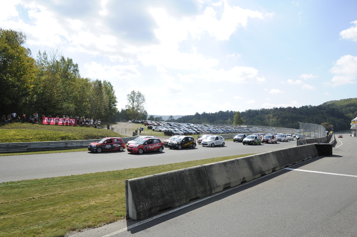 Coupe Nissan Sentra Cup in Photos, SEPTEMBER 22 - 24  | CIRCUIT MONT-TREMBLANT, QC - 25-170925135605